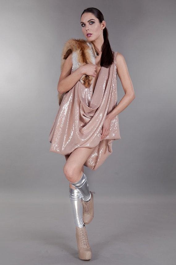 Perfect night out with Joanna's Hawrot dress joannahawrot on Etsy, $560.00