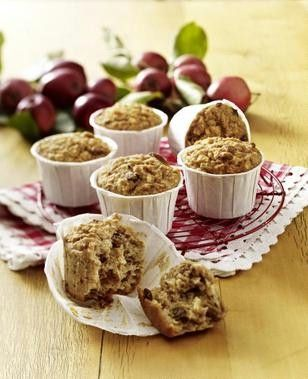 Apfel-Haferflocken-Muffins, sehen sehr gesund und lecker aus - by foodboard
