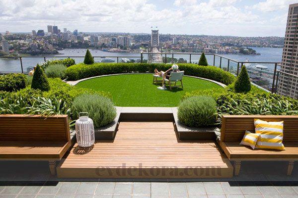 uzun zaman önce paylaştığımız teras-çatı bahçeleri dizaynları kolleksiyonuna bir yenisini daha eklemek istiyorum. Düşünenler ve model arayanların işine yar