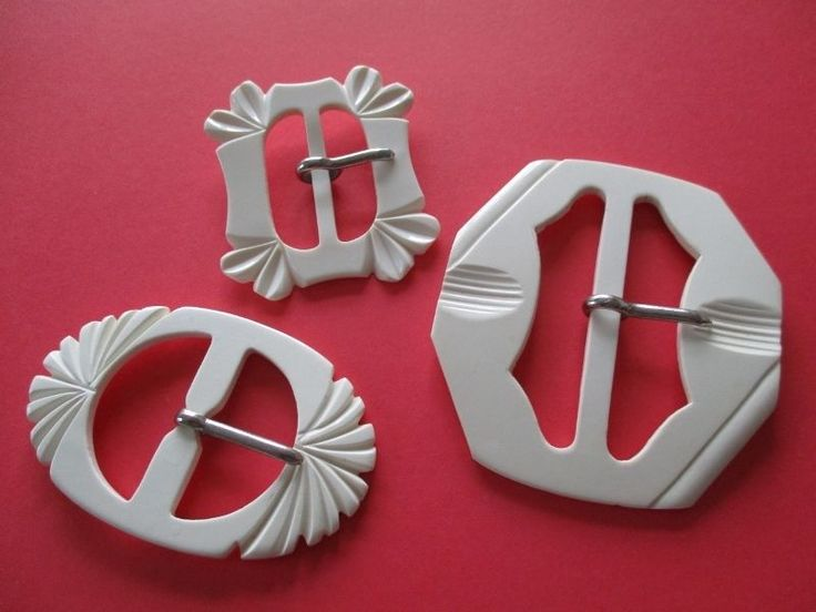 TRIO OF LOVELY VINTAGE ART DECO CREAM DRESS BELT BUCKLES noelhumphrey on eBay.co.uk