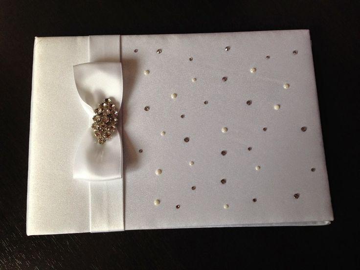 Stoc nou - Cărți de oaspeți / Guestbooks | Detalii de nunta