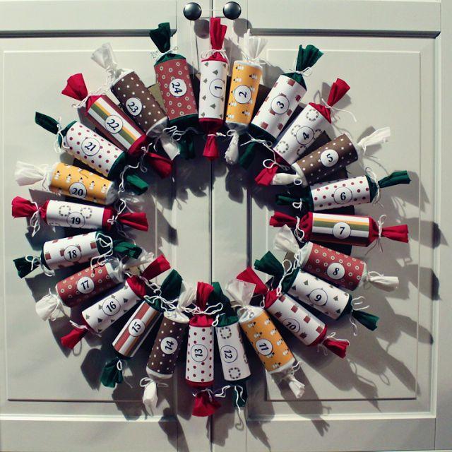 MizFlurry   meisje   moeder   nerd: Handleiding adventskalender knutselen: krans met Christmas crackers (2014)
