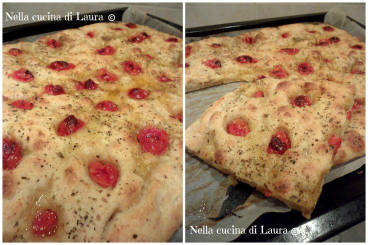 focaccia morbida con pomodorini a lievitazione naturale - nella cucina di laura