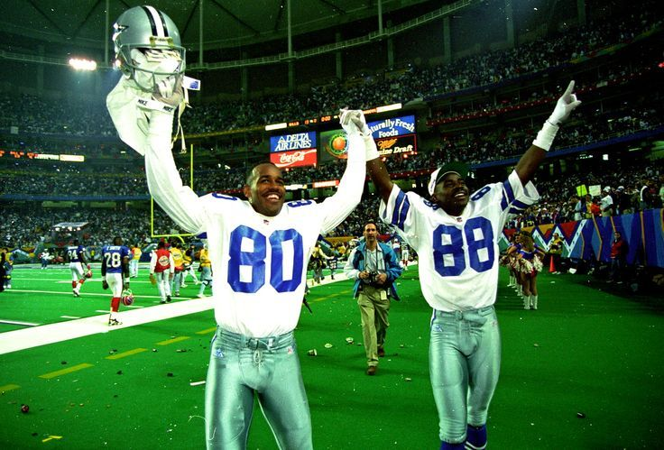 Our Inside The Star Cowboys on the Clock countdown to the 2016 NFL Draft series hit a milestone yesterday, as Bob Lilly became the first Cowboys draft pick profiled to make the Hall of Fame. Today, we highlight our first offensive skill position player since Felix Jones who made the countdown over a week ago. That player would be WR Alvin Harper, who was the Dallas Cowboys 12th overall pick in 1991. Continue reading Cowboys on the Clock: Alvin Ha