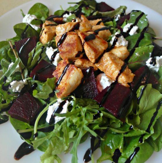Σαλάτα με παντζάρια, κατσικίσιο τυρί και κοτόπουλο #sintagespareas #salata #kotopoulo