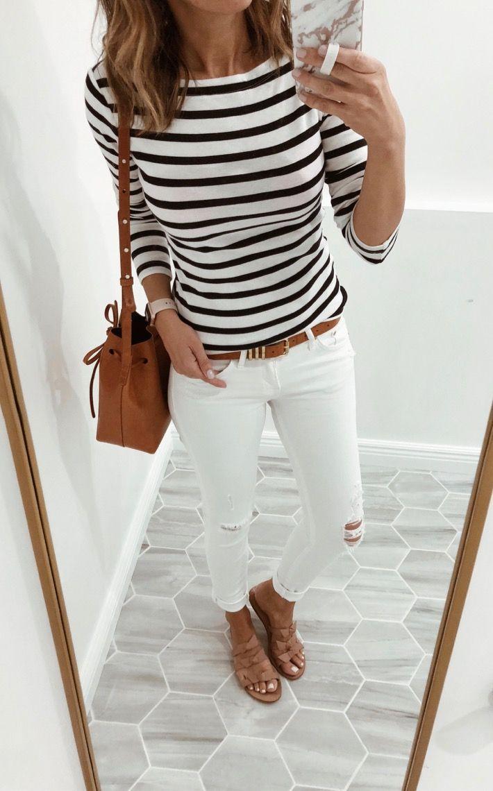 Outfits In letzter Zeit ein paar Anproben von Umkleidekabinen