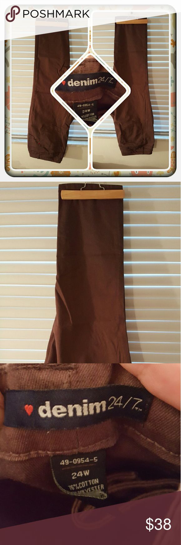 ❤ Woman's Brown Jeans Size 24W ❤ Woman's Chocolate Brown Straight Leg Jeans Size 24W From Woman Within. These Have Been Worn & Washed But No Damage I'm Aware Of Very Comfy & Stylish 🚫 PAYPAL 🚫 TRADES 🚫 OFFERS PRICED LOW TO SELL ❤ Woman Within Jeans Straight Leg