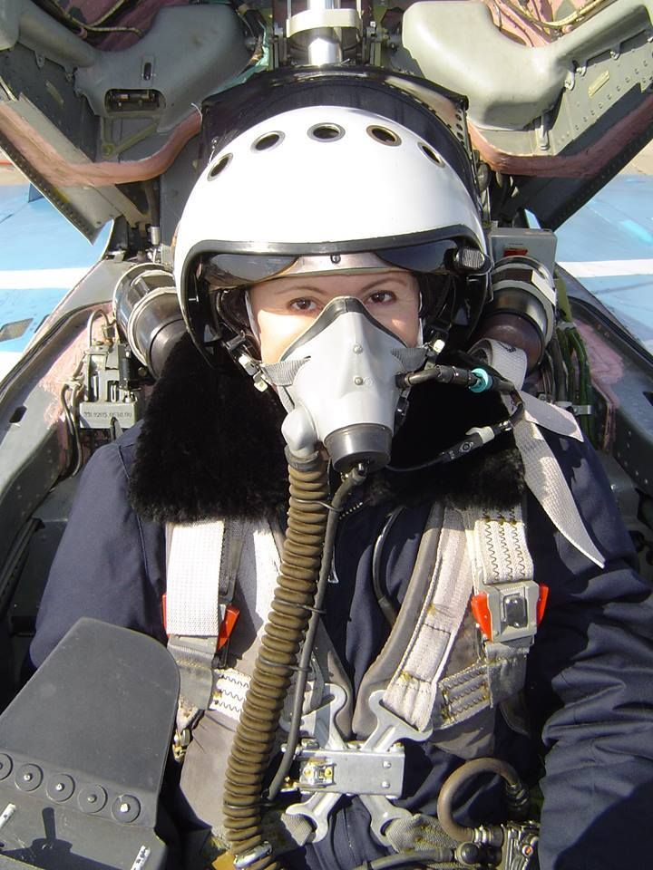 Photo of Beautiful Female Fighter jets pilots in 2020