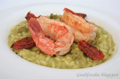 Giuli Foodie, le mie ricette in cucina: Riso mantecato con crema di  piselli, gamberoni, p...