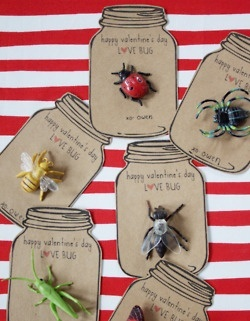 Danyelle of [dandee] designed her delightful Love Bug Valentines as a way to send her first-grade son to school with unique non-candy Valentine's Day cards.