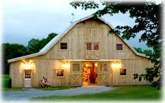 Our Classic Post & Beam Gambrel Barns can be fully customized to meet your needs. Every Classic Beam Barn gets a custom floor plan layout specific to your needs, and that's included in the standard cost!