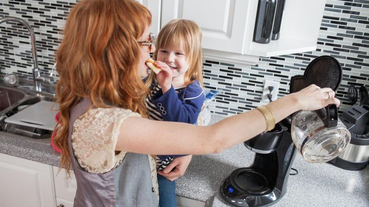 Clean a Bunn coffee maker by pouring 1 quart of white vinegar into the coffee maker. Make sure there is an empty brew funnel and an empty decanter in place. Keep the coffee maker plugged in, and let...