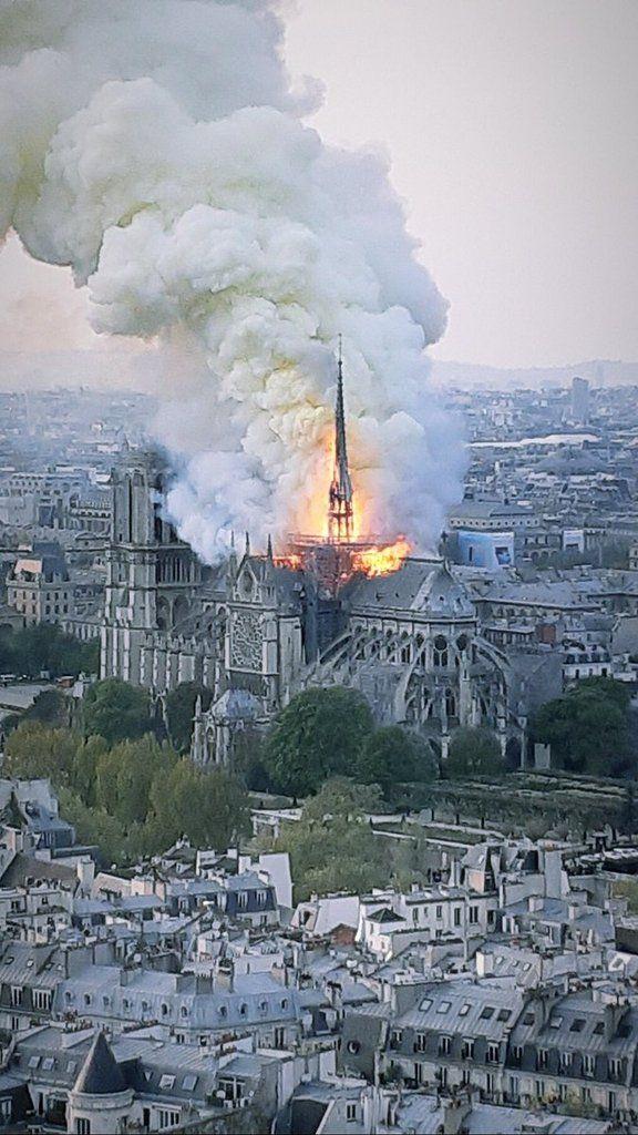 Jan 20, 2020 - BREAKING NEWS- L'horreur: Notre-Dame de Paris brûle (photos) - Wikistrike