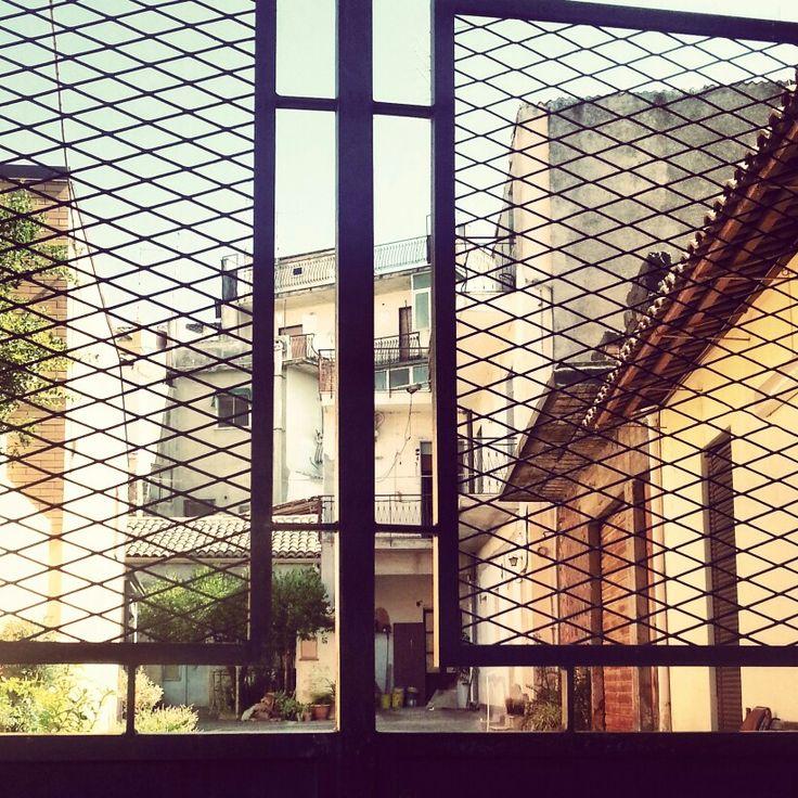 #Sicilian #courtyard beyond the #gate. #Life traces inside. #Italy #italia #madeinitaly #Sicily #tourism #visititaly #curious #reallife #italiani #panorama #historical #igersitalia #igerssicilia #igersitaly #bestoftheday