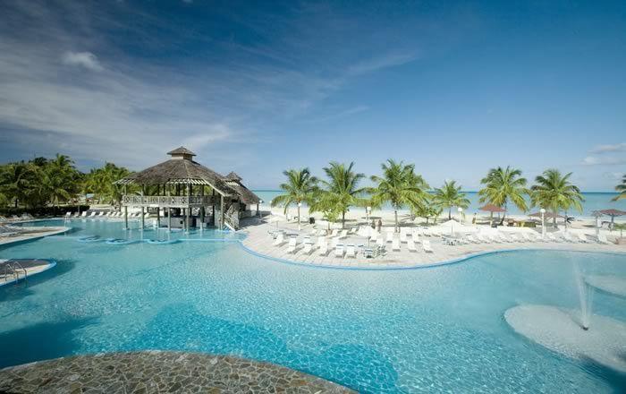 Jolly Beach Resort | Antigua Holidays | Caribbean Warehouse