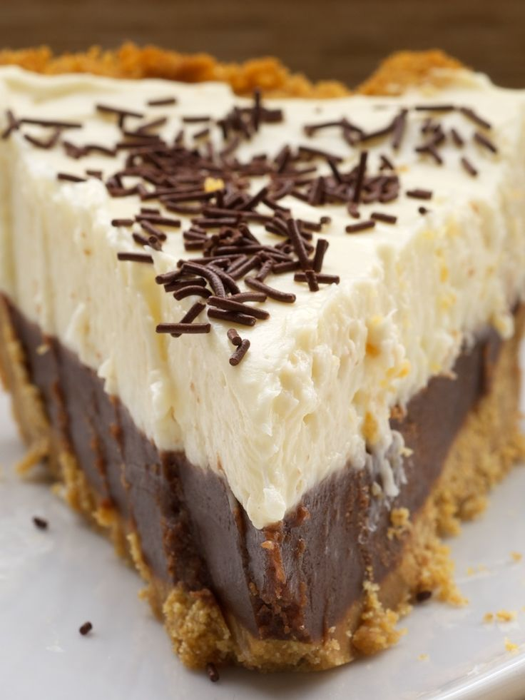 Chocolate Cookie Dough No-Bake Cheesecake ~ http://www.bakeorbreak.com