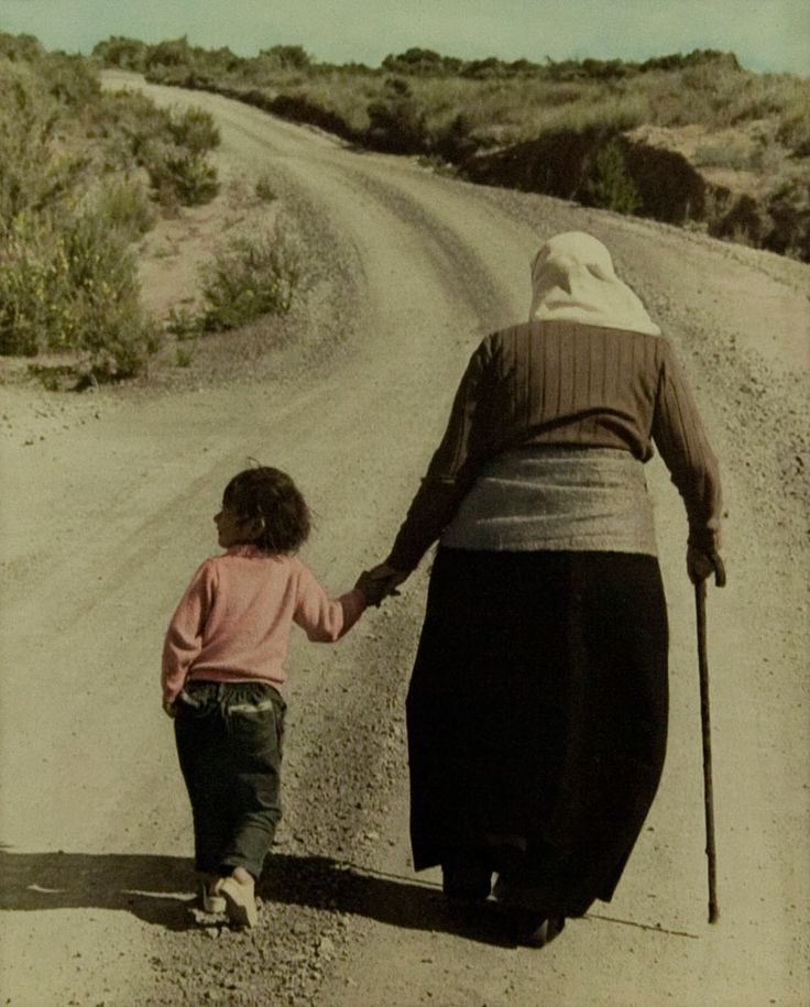 Dame Whina Cooper: A NZ iconic photo of Dame Whina and her mokopuna. Write a recount of the dialogue between the pair as they walked together returning to Dame Whina's house in the Far North.