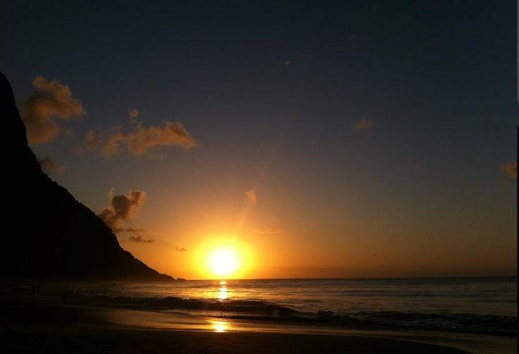 Por do sol na ilha de Fenando de Noronha, PE/ BR  ( ricardo, site gov)
