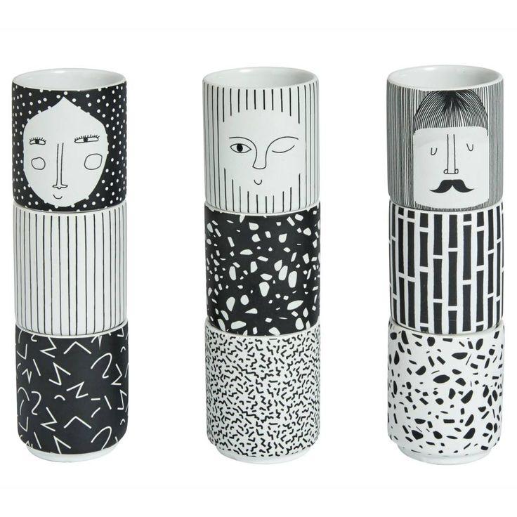 Via Wonen met Lef | OYOY Egg Holders in Black and White