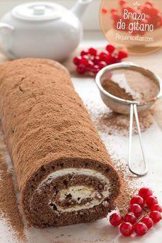 Brazo de gitano de chocolate con relleno de crema de queso mascarpone