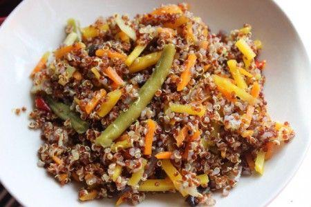 Quinoa se zeleninovou směsí