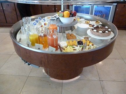 Enjoying some South African hospitality with food at the Emirates Business Class Lounge Johannesburg http://flightsandfrustration.com/emirates-business-class-lounge-johannesburg/ #johannesburg #emirates #lounge #southafrica #airline #airtravel #food