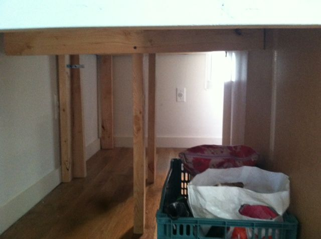 Full size captains bed ikea woodworking projects plans for Captains bed full ikea