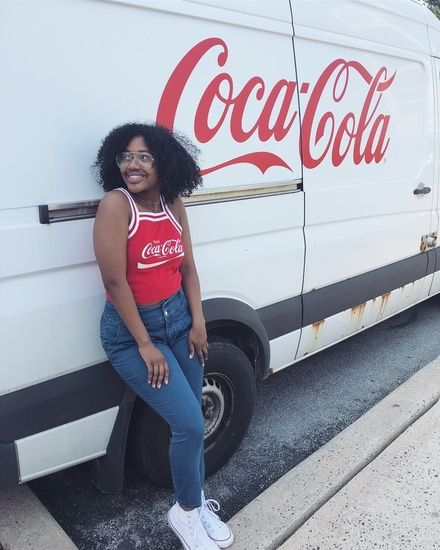 7cf7ac8843b Red White & Blue Outfit! Coca Cola Crop Top, High Waisted Blue Jeans, White  High Top Converse #ShopStyle #shopthelook #MyShopStyle #OOTD  #HighWaistedJeans ...