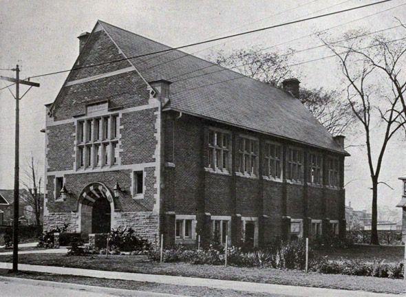 228 Roncesvalles, 1917