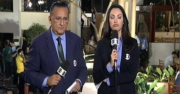 Ops! Patrícia Poeta comete gafe ao vivo no 'Jornal Nacional' | Notas TV - Yahoo TV