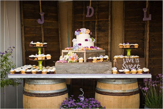 17 best images about rustic wedding cake table decorations for Decoration sweet table