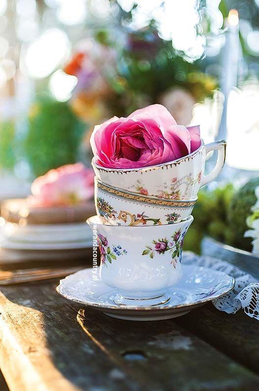 Wesele w plenerze – ślubne dekoracje, pomysły, inspiracje, lato 2017, 2017/2018 #wesele #ślub #inspiracje #pomysły #oryginalne #plener #dekoracje #ogród #plenerze #pannamłoda #panmłody #rustykalne #kwiaty #świeczki #wedding #bride #decorations #ideas #original #style #rustical #vintage #retro #movie #pink #white #table #deco #garden #pics #best #silver #golden #green #candle #flowers #rose #love #свадьба #свадьба #оформление #идеи #под открытым небом #сад #стол