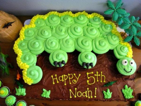 22 awesome dinosaur birthday cakes for kids