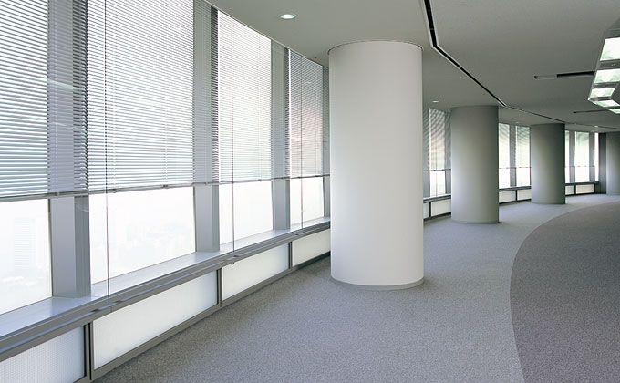 スーパーテクニスト・スーパーテクニストマークII|大型電動、傾斜窓・天窓、暗幕|よこ型ブラインド|商品一覧|ブラインドのニチベイ