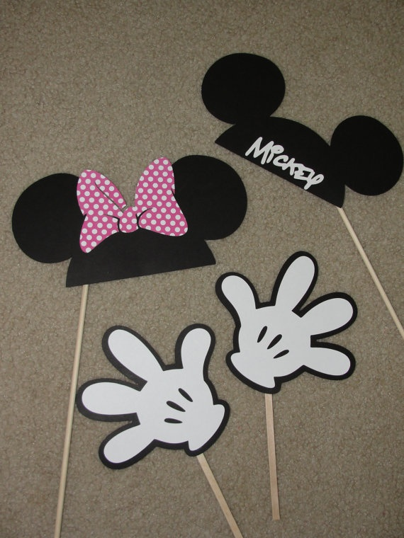 Mickey  Minnie Mouse Photo Booth - etsy listing but DYI should be fairly straightforward
