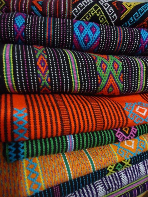 JP: Traditional Indonesia: Buna. Tenun Timor
