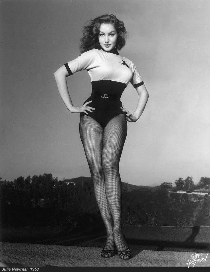Джули Ньюмар, 1953 год