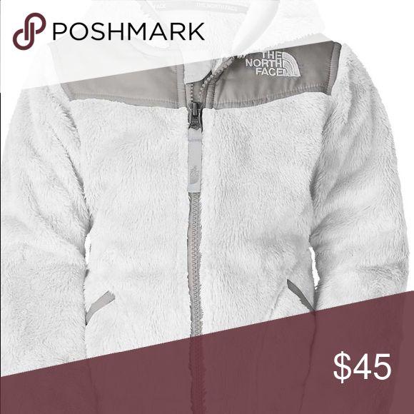 Women's xxs  white north face jacket Worn white Denali north face jacket. North Face Jackets & Coats
