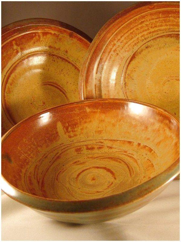 Glaze Coyote Red Gold Bowls Ceramicastyles Ceramica Pottery Click For More Info Ceramic Glaze Recipes Glazes For Pottery Pottery Pots