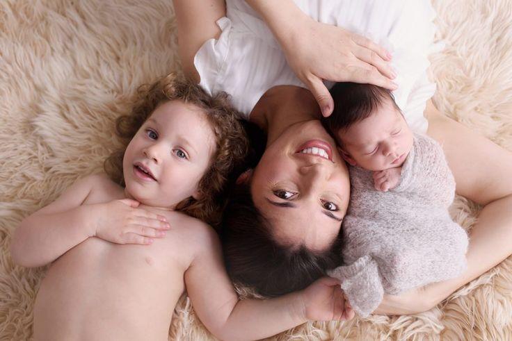 fotografia newborn: tem post hoje no Blog da Fhox com um texto que escrevi contando como conseguir sucesso em seu ensaio newborn. Confira em E hoje tem uma matéria que escrevi no blog da Fhox sobre um assunto que considero essencial para o sucesso do ensaio newborn. Se você é fotógrafo de bebês, não deixe de ler!  Confira e me diz o que achou!! http://www.fhox.com.br/blogs/o-segredo-para-o-sucesso-de-um-ensaio-newborn/