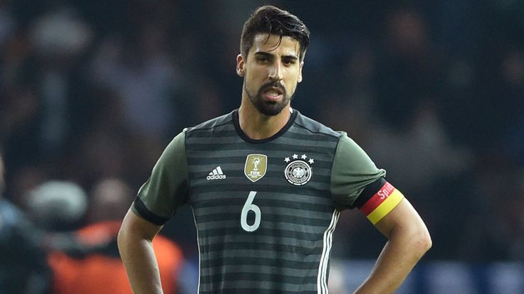 Germany's Sami Khedira and Mario Gomez unhappy after England loss | Football News | Sky Sports
