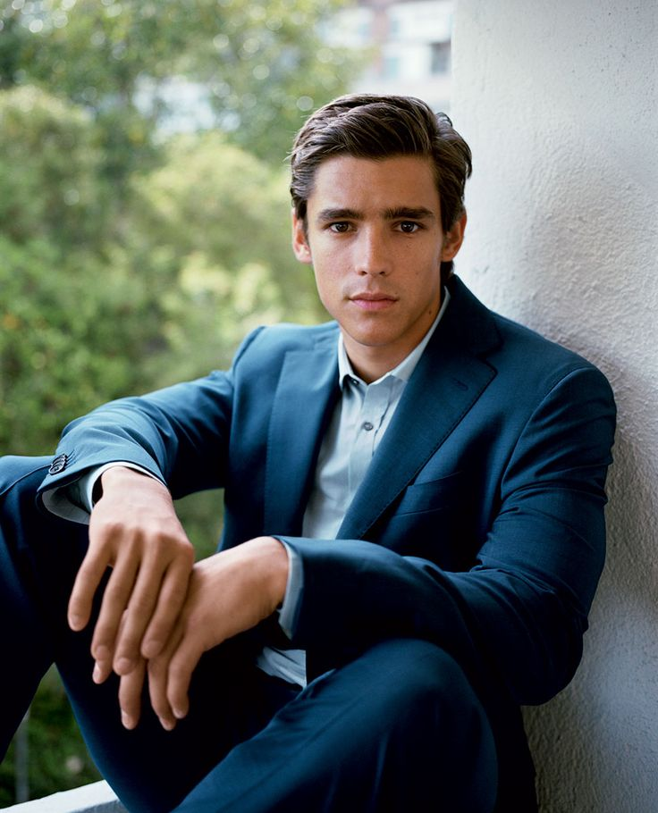 Brenton Thwaites takes his place in the irresistible cadre of actors from down under.