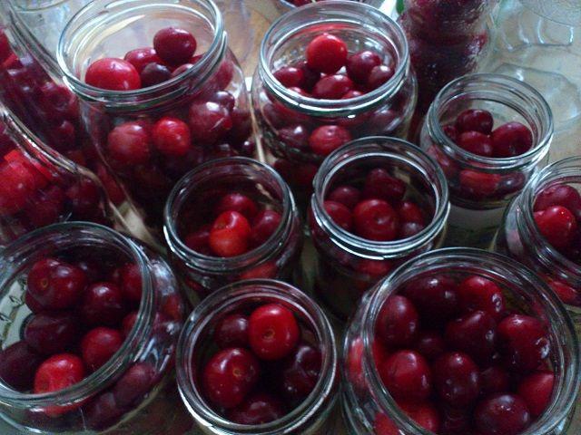 Befőttek, kompótok, savanyúság receptek » Blog Archive » Nem lehet kihagyni, nyers cseresznye és meggy