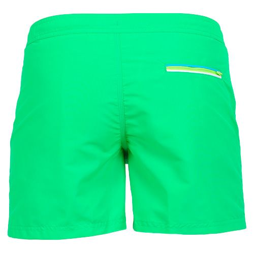 GREEN MID LENGTH SWIM SHORTS WITH SEMI-ELASTIC WAISTBAND AND BUTTON CLOSURE Solid green Nylon Taffeta low-rise mid-length Boardshorts with semi-elastic waistband. Snap button closure and zipper. Internal adjustable drawstring. Two front pockets. Back pocket with three-color band detailing. Internal net. COMPOSITION: 100% NYLON.