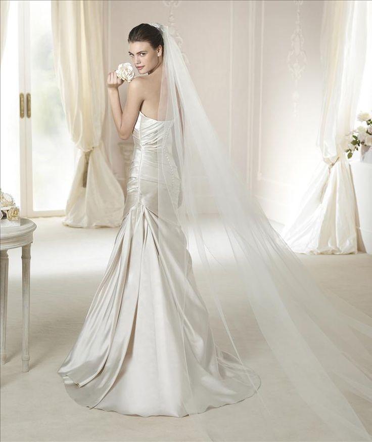 Unique Brautkleid aus der White One Brautmoden Kollektion bridal dress from White One collection