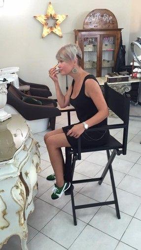 Makeup Chairs, Makeup Bags, Cosmetic bags & Makeup cases - moi-mua