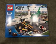 Lego City Cargo Plane Terminal Set 60022 New/Sealed In Box - Discontinued (Rare)