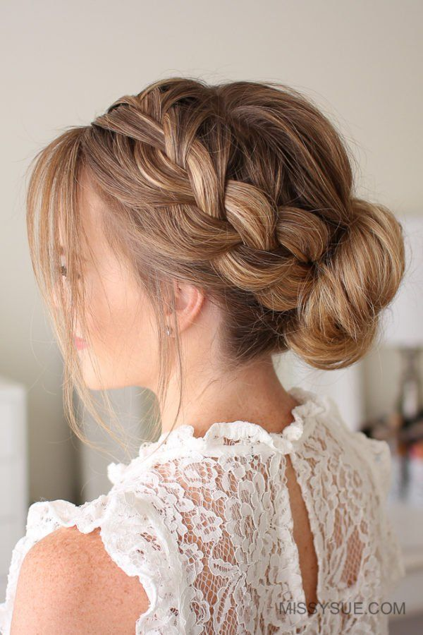 Gorgeous Bun Hairstyles In Every Possible Way Coafuri
