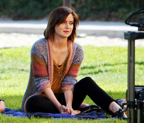 90210 - Erin Silver, i look like her now! Love her!!