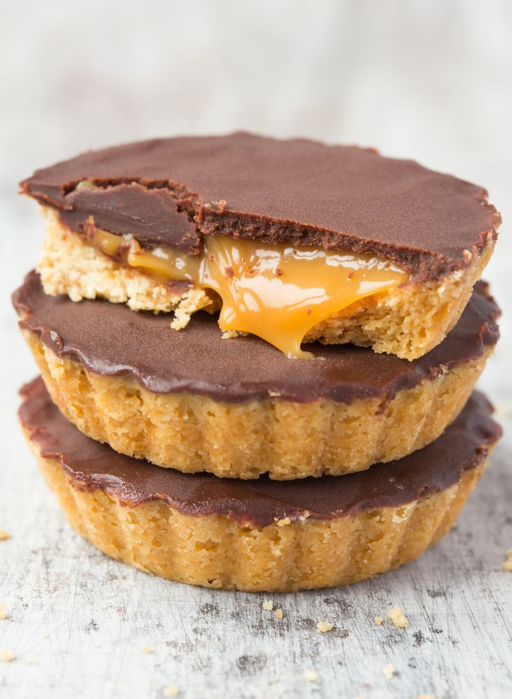 Anyone for a grownup Twix? Mini millionaires shortbread bites